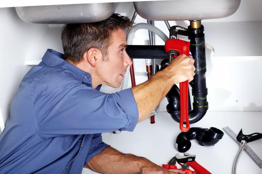 gilbert plumber fixing sink